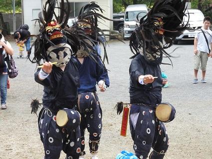 御塚神社例大祭�.jpg