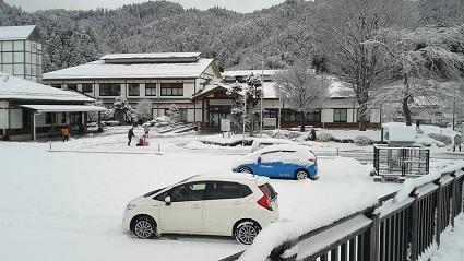 H29.2.10積雪状況(三和ふれあい館).jpg